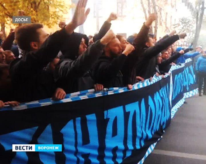 Полицейский изВоронежа избежал ответственности застрельбу вфанатов «Динамо»