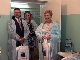 Депутаты облдумы поздравили малышей, родившихся в День защиты детей