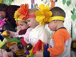 Для малышей Сомовского детдома устроили праздник