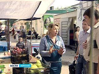 Для уличных торговцев в Воронеже день прошел даром