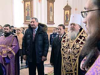 Дмитрий Рогозин привез из Бельгии в Воронеж икону Святителя Митрофания