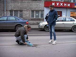 Дорожная разметка в Воронеже изчезла прежде, чем её закончили наносить