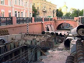 Два человека погибли, когда прокладывали теплотрассу возле Каменного моста