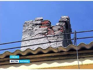 Дымоход в доме, где погибла целая семья лискинцев, так и не прочистили