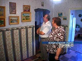 Елена Чекмарёва из Воробьевского района делает пластилиновые картины