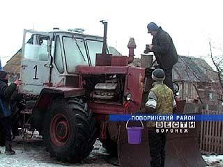 Фермерские хозяйства Поворинского района готовят технику к посевной