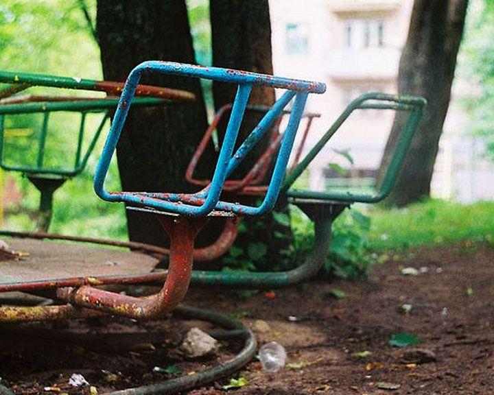 ФОТО: Прокуратура обнаружила в Воронежской области опасные детские площадки