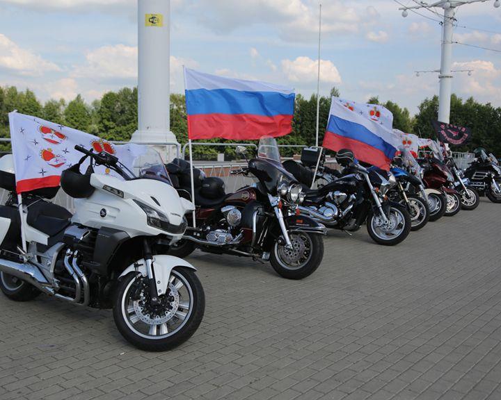 ФОТО: В Воронеж приехали «Ночные волки»
