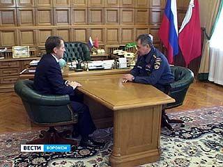 Глава МЧС Сергей Шойгу проверяет работу воронежских спасателей
