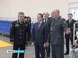 Глава региона побывал с рабочим визитом в Воронежском институте МВД