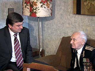Глава Воронежа Сергей Колиух побывал в гостях у человека-легенды
