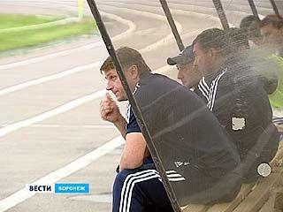 """Главный тренер """"Факела"""" обвинил команду в отсутствии самоотдачи и желания играть"""