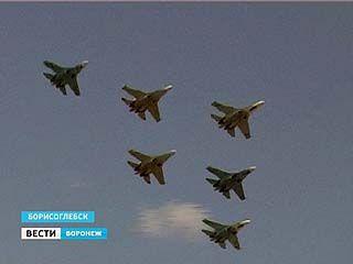 Грандиозное авиашоу продемонстрировали в Борисоглебске лучшие асы страны