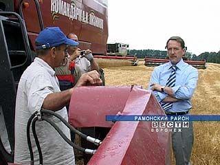 Губернатор Алексей Гордеев отправился с инспекциями по полям области