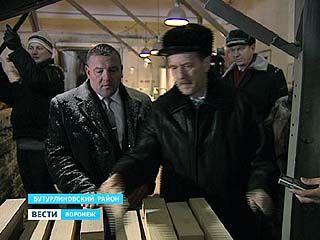 Губернатор Алексей Гордеев посетил Бутурлиновский район