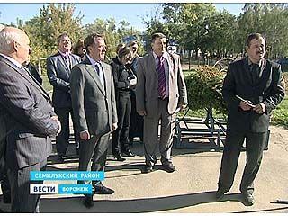 Губернатор Алексей Гордеев посетил Семилукский район с рабочей поездкой