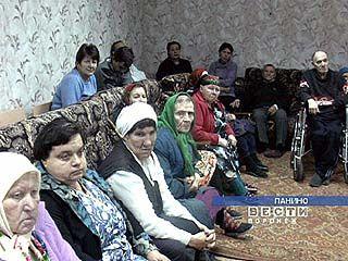 Губернатор Алексей Гордеев проинспектировал дома престарелых области