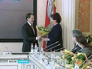 Губернатор Алексей Гордеев вручил воронежцам Государственные награды