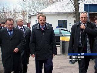 Губернатор лично проверил, готов ли к испытаниям Аннинский район