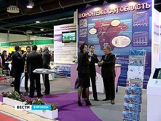 Губернатор открыл стенд Воронежской области на выставке в Москве