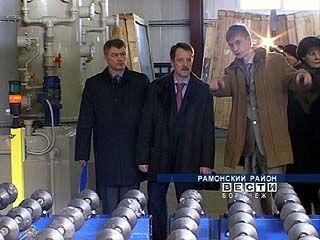 Губернатор посетил два перерабатывающих завода в Рамонском районе