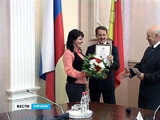 Губернатор поздравил представителей воронежской прессы с праздником