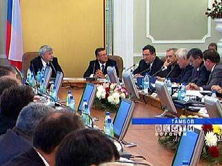 Губернатор Владимир Кулаков побывал на совещании руководителей ЦФО