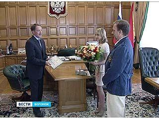 Губернатор встретился с Викторией Комовой и её тренером