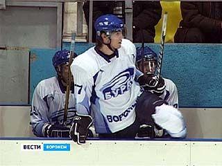 """Хоккеисты """"Бурана"""" претендуют на первую позицию турнирной таблицы"""