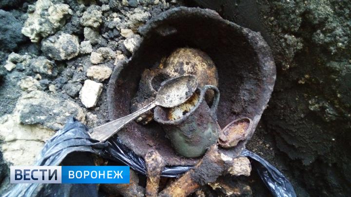 В Воронеже на месте строящегося дома нашли останки солдат и неразорвавшийся снаряд