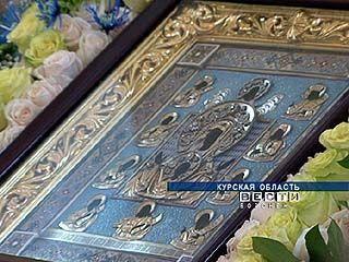 """Икону Пресвятой Богородицы """"Знамение"""" доставили в Коренную пустынь"""