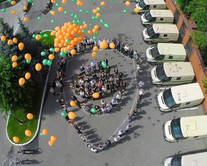 Инкассаторов тепло поздравили с профессиональным праздником