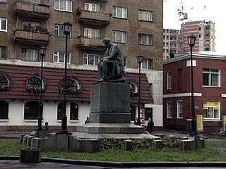 Исполнилось 100 лет со дня открытия памятника Ивану Саввичу Никитину