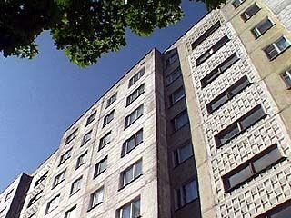 Из окна 9-го этажа выпала девочка