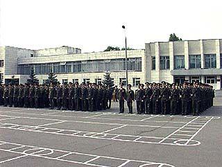 К военной присяге приведено почти 600 курсантов ВВВАИУ