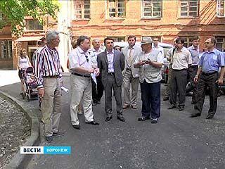 Качество ремонта дворов в Ленинском районе нареканий не вызывает