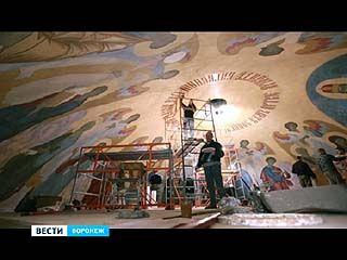 Как создавались картинные небеса на куполе Благовещенского собора. Без комментариев