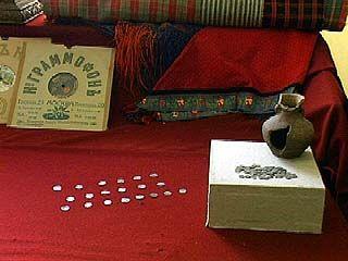 Коллекцию Областного краеведческого музея пополнили два клада