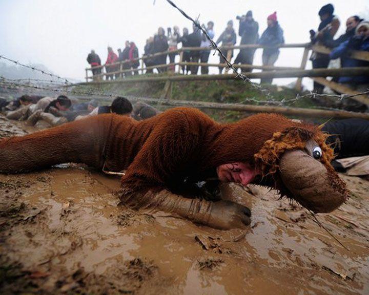 Колючая проволока, грязевые ванны и отвесные стены: воронежцев приглашают преодолеть себя