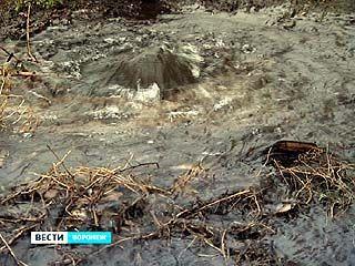Коммунальный гейзер пробился на улице Урывского