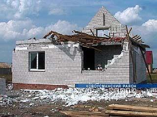 Коттеджный поселок Новоусманского района пострадал от урагана