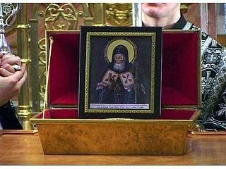 Ковчежец с частицей мощей Святителя Митрофана провезут по храмам Епархии