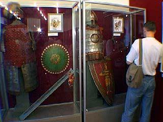 """Краеведческий музей приглашает на выставку """"Оружие восьми веков"""""""