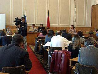 Леонид Воробей проводит совещание