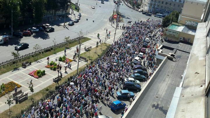 Центральные улицы Воронежа перекрыли в связи с Крестным ходом