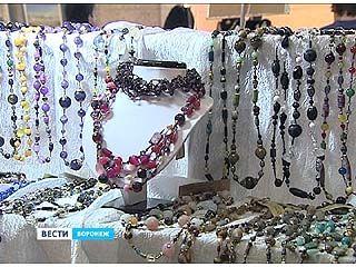 Лучшие ювелирные мастера со всей России привезли в Воронеж свои изделия