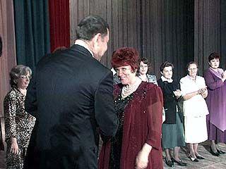 Лучших учителей поздравляли в Театре оперы и балета
