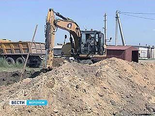 Машины четырехсот воронежцев оказались заблокированы из-за нового строительства