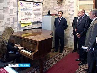 Михаил Швыдкой посетил Воронежский музыкальный колледж имени Ростроповичей