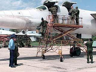 """Министерство обороны """"завалило"""" курсантов ВВАИУ подарками"""